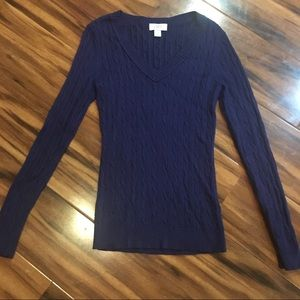 Ann Taylor Loft Cable Knit Vneck Sweater. Navy. XS